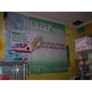 Produksi dan Pemasangan Wall Branding Toko Outlet Apotek By Harapan Media Advertising