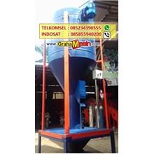 Mesin Pencampur pakan ternak vertical mixer 1 ton