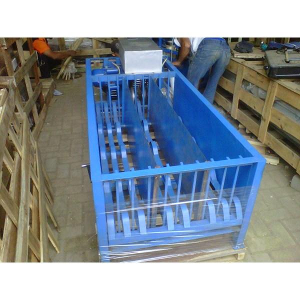 mesin poles / penghalus tusuk sate