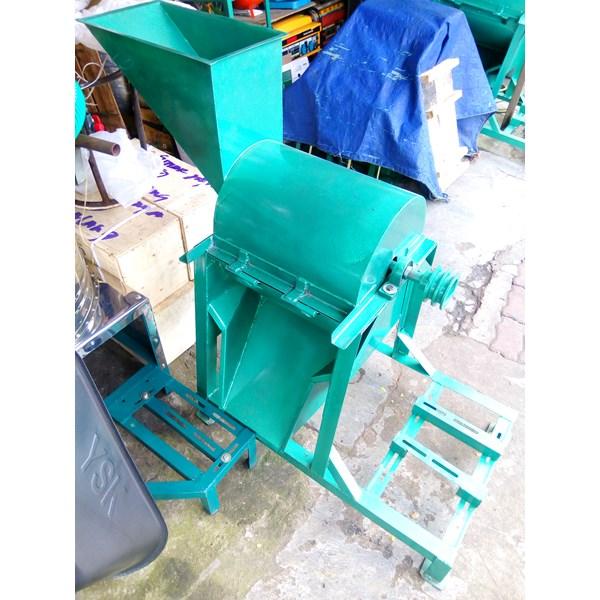 mesin pencacah rumput mesin kompos