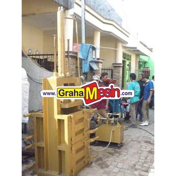 Mesin Press Hidrolik Sabut Kelapa Lokal