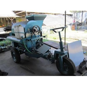Mesin perontok padi industri pertanian