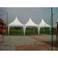 tenda kerucut dekorasi pernikahan dan hadiah