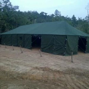 Tenda pengungsian