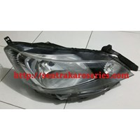 Head lamp nissan Evalia 1