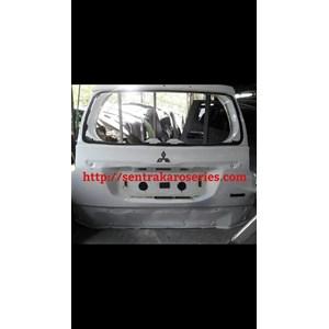 Back Door atau Kap Bagasi Mitsubishi Pajero 2016