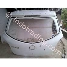 Kap Bagasi Mazda 2