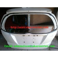 Back Door atau kap bagasi Honda Jazz RS 2013 1