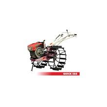 Traktor QUICK E 85