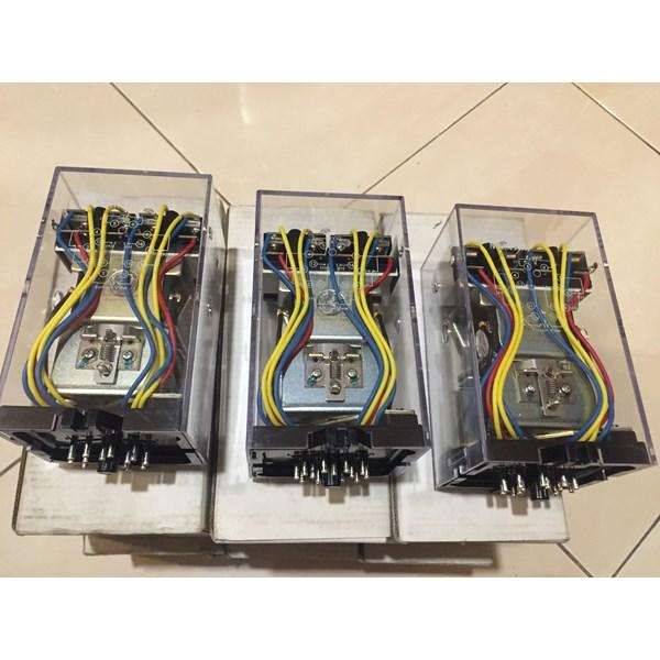 OMRON MM4XKP 100-110VDC