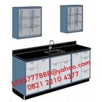 Meja Laboratorium dengan Sink dan Rak 1