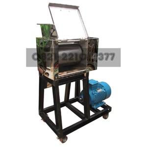 Cassava Grated Machine Capacity of 500 kg / hour