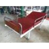 Tempat tidur pasien alat kesehatan lainnya
