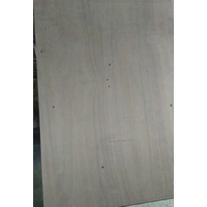 Triplek / Kayu Lapis /Papan / Plywood 9Mm Meranti