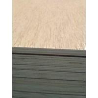 Triplek / Kayu Lapis / Papan / Plywood 18Mm Meranti 1