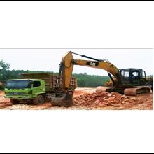 Truk Dump Angkut Tanah