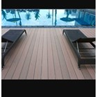 Distributor Decking Pool 1