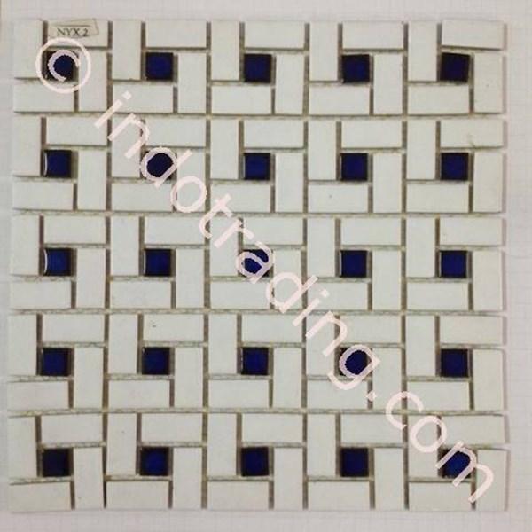 Mosaic Kamar Mandi Nyx 2