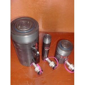 Dari Master Cylinder Forklift  25 T 2