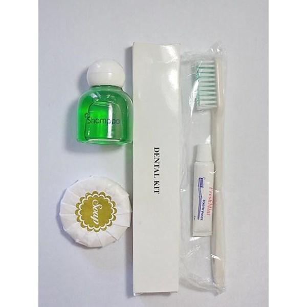 Perlengkapan Mandi Sabun 15gr Dental Kit Dan Shampo 3 In 1