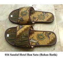 SOUVENIR SANDAL HOTEL MOTIF BATIK CAMPUR