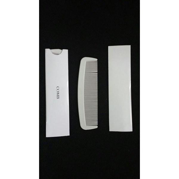 Fasilitas Hotel Sisir ( Comb ) Cover Paper