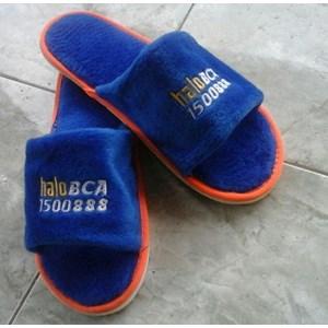 Perlengkapan Hotel Sandal Bahan Velboa Logo Bordir 10 mm