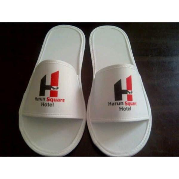 Perlengkapan Hotel Sandal Spon Full Putih 4mm