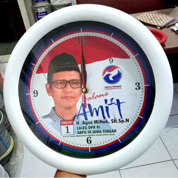 Jam Dinding Warna Putih Partai Perindo 30 cm
