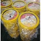Jam Dinding Warna Kuning Partai Golkar 30 cm  2