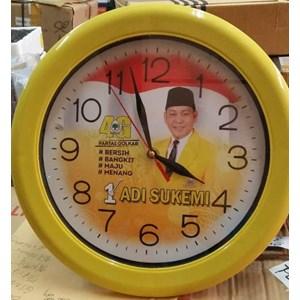 Jual Jam Dinding Warna Kuning Partai Golkar 30 cm Harga Murah ... 83ac35b63f
