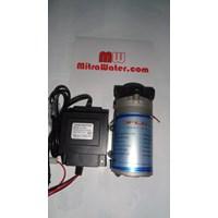 Jual Pompa pendorong JFlo 1400 kapasitas 190 Liter per jam dan adaptor