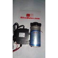 Pompa pendorong JFlo 1400 kapasitas 190 Liter per jam dan adaptor