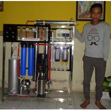 4000 Gpd RO machine equipped with an alkaline bio energy ozone UV lamp and membrane washing unit