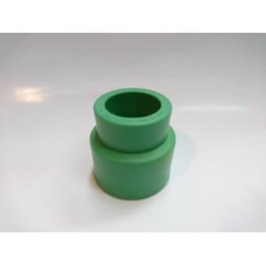 Pipe Fittings PPR Reducer Socket