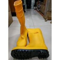 Sepatu Boot leopard