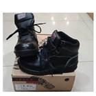 Sepatu Safety Track Tali 4