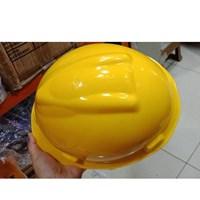 Helm Proyek Kenmaster