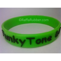 Distributor Gelang Karet Glow In The Dark (1) 3
