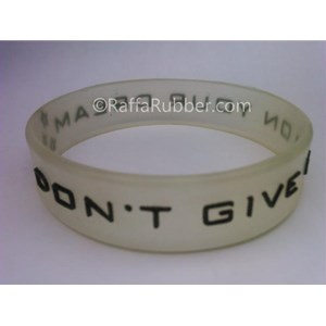 Gelang Karet Glow In The Dark (1)