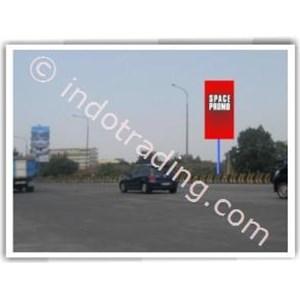 Sewa Billboard Reklame Gerbang Tol Pasteur Km 0.100 (Bandung) Ukuran 5X10m 1 Muka Vertikal By Sms Advertising
