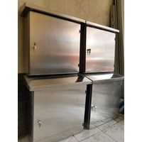 Box Panel Stainless Steel 60X80X25