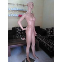Import Girl Mannequin