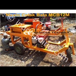 Mesin Cetak Bata Tipe Mcb12m