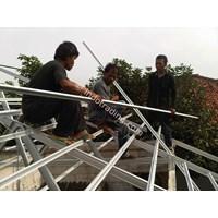 Pemasangan Rangka Atap 1