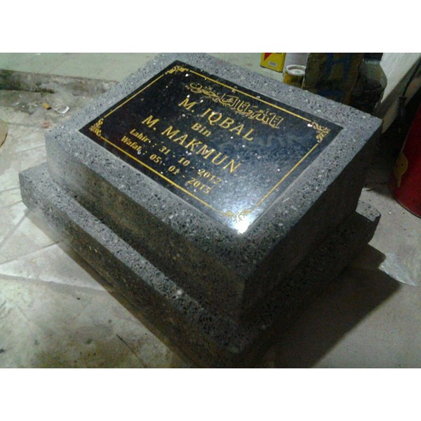 Batu Nisan Coraltek ukuran 20x30
