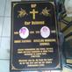 Batu Nisan dan Monumen