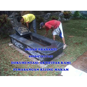 www.BENGKELMARMER.com Kijing Makam Granit Telur Puyuh Putih Bintik Hitam