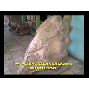 Contoh Ukiran Patung Ikan Koi Batu Marmer