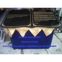 Jual Contoh Ukiran Prasasti Peresmian Marmer Granit Hitam Model Buku 2